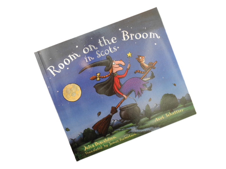 scottish book for children room on the broom in scots julia donaldson